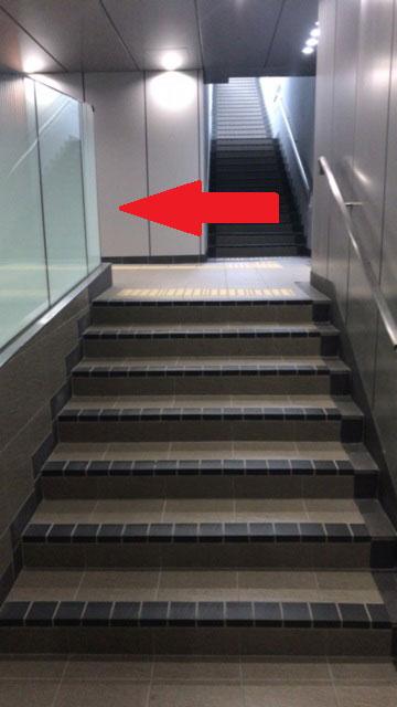 6 地下階段
